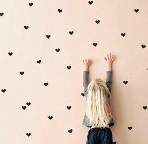 DIY-pared-con-corazones-2